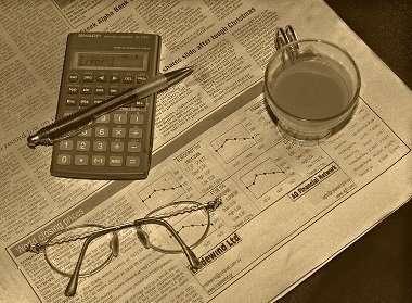 Business Newspaper Calculator
