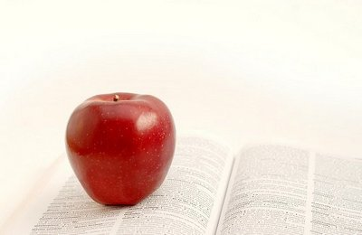 apple on text book